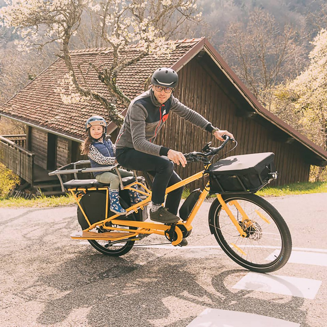 Vélo électrique cargo longtail YUBA Mundo électrique 2021