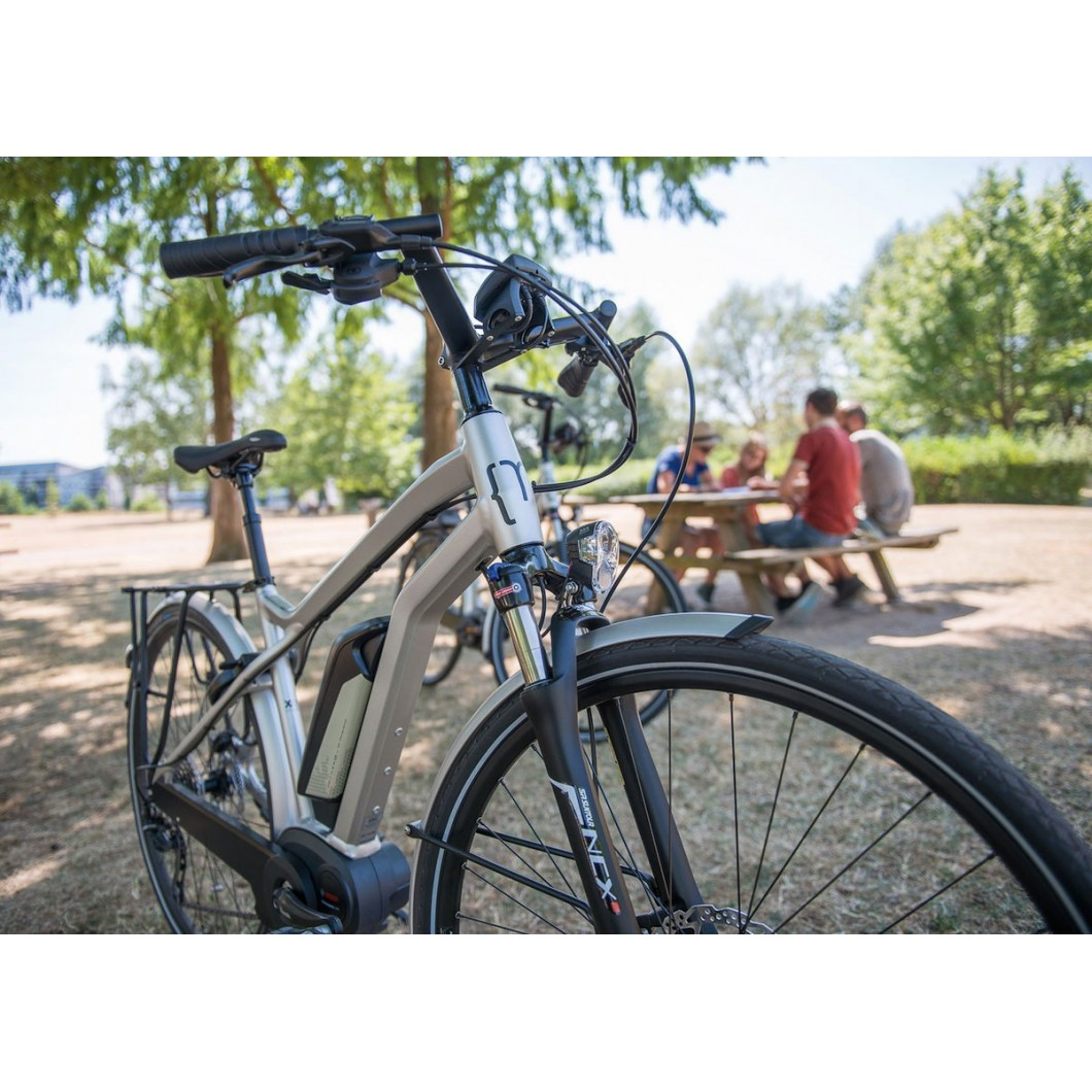 Vélo électrique MOUSTACHE SAMEDI 28 SILVER 10S 2017