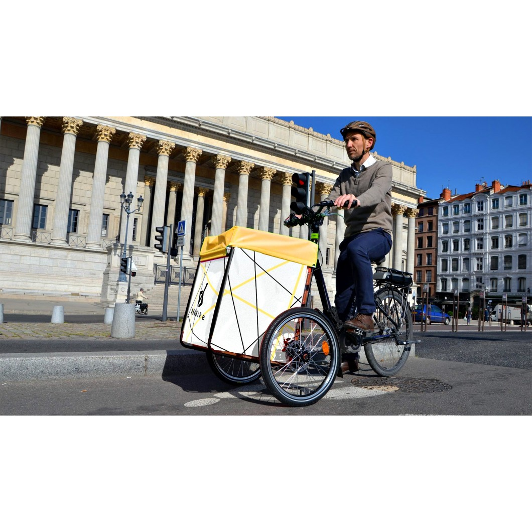 AddBike transforme votre vélo électrique en triporteur