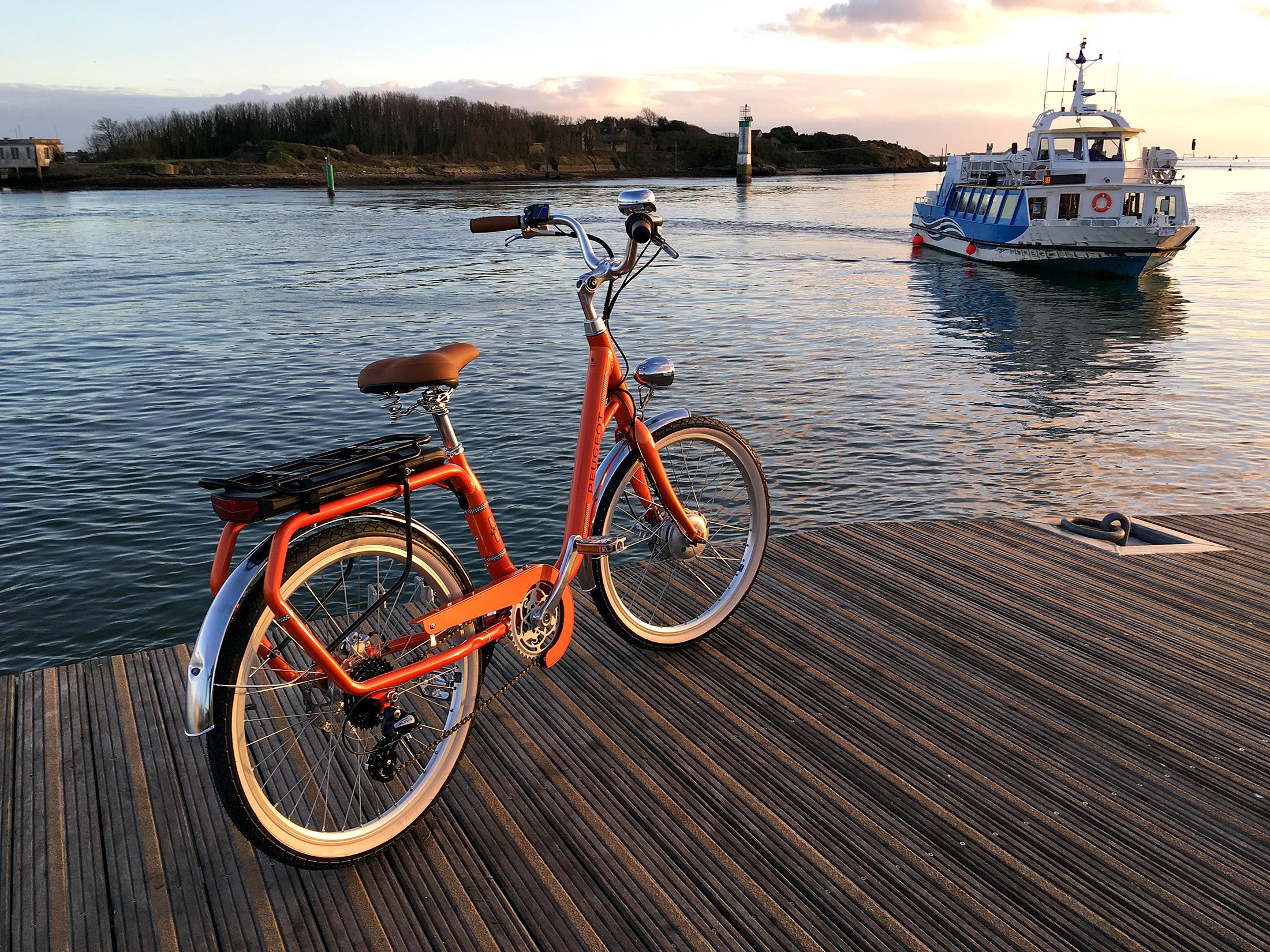 Vélo électrique rétro Peugeot eLC01 eLegend 2019
